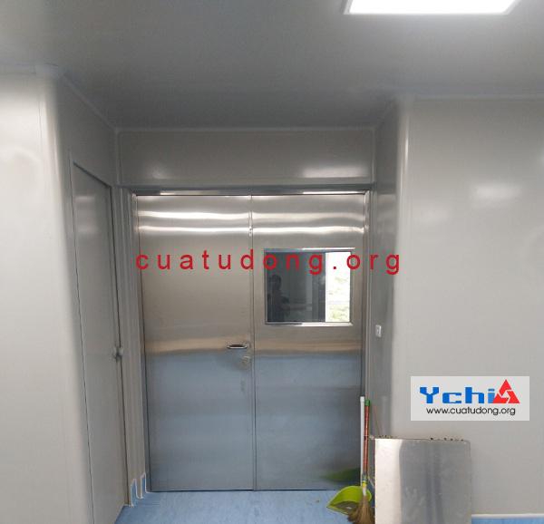 cửa phòng sạch