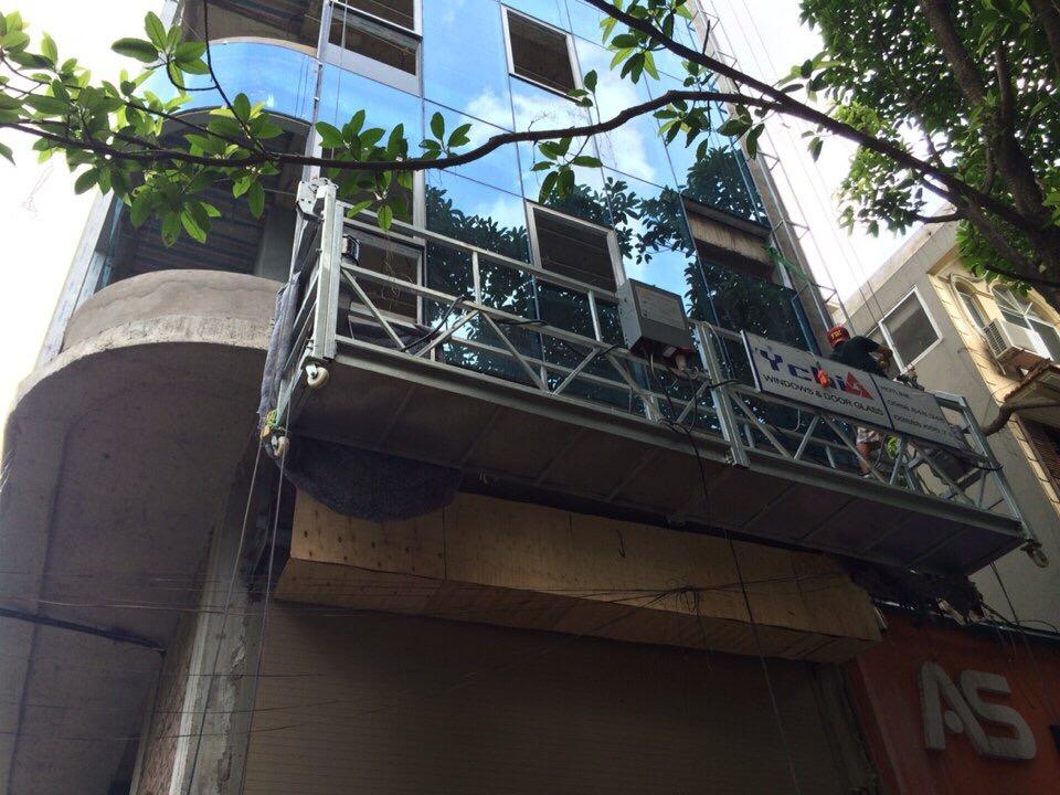 Lắp đặt cửa tự động cho tòa nhà cao tầng