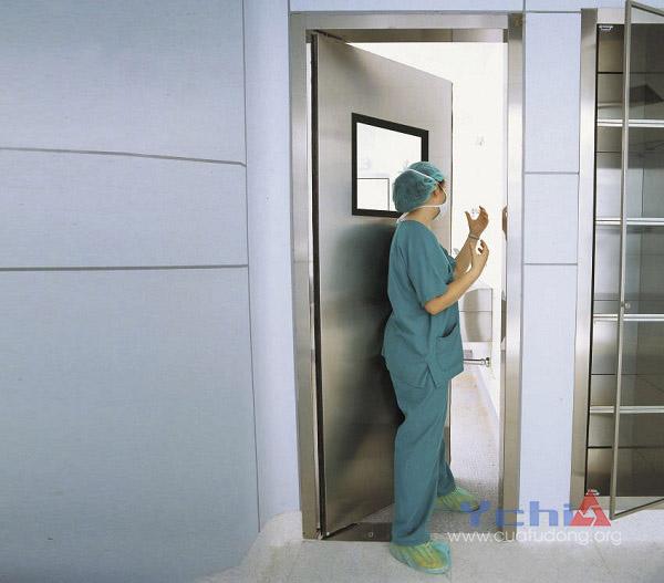 Cửa phòng sạch và ứng dụng của nó trong đời sống hiện đại