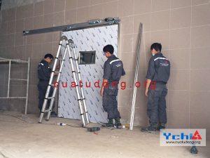 sản xuất cửa phòng mổ